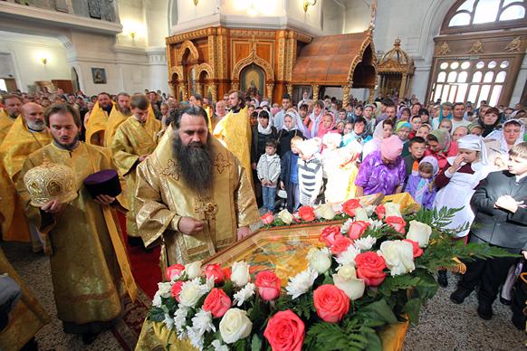 Владыка Георгий в соборе