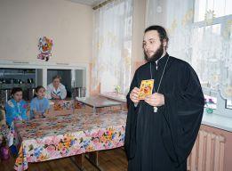 Отец Иоанн КРЮЧКОВ