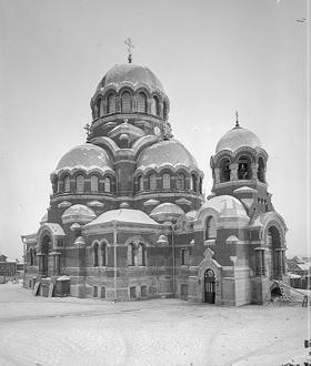 Собор зимой 1992 года