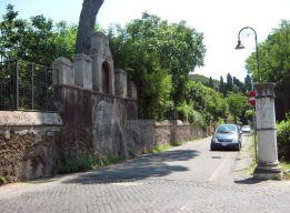 Начало Аппиевой дороги