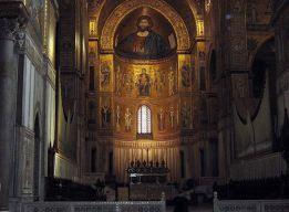 Интерьер собора в Монреале